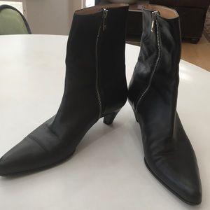 Bally Black Pointed Toe Heel